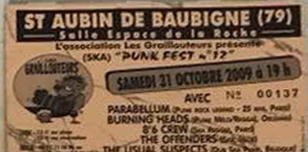 """31 octobre 2009 Burning Heads, Parabellum, 8°6 Crew, The Offenders, Usual Suspects à Saint-Aubin-de-Baubigné """"Salle Espace De La Roche"""""""