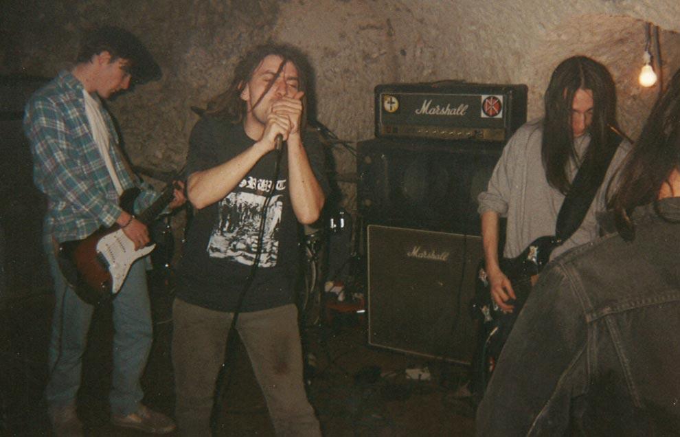 1994_04_Z1_CrossOnYourPast_02